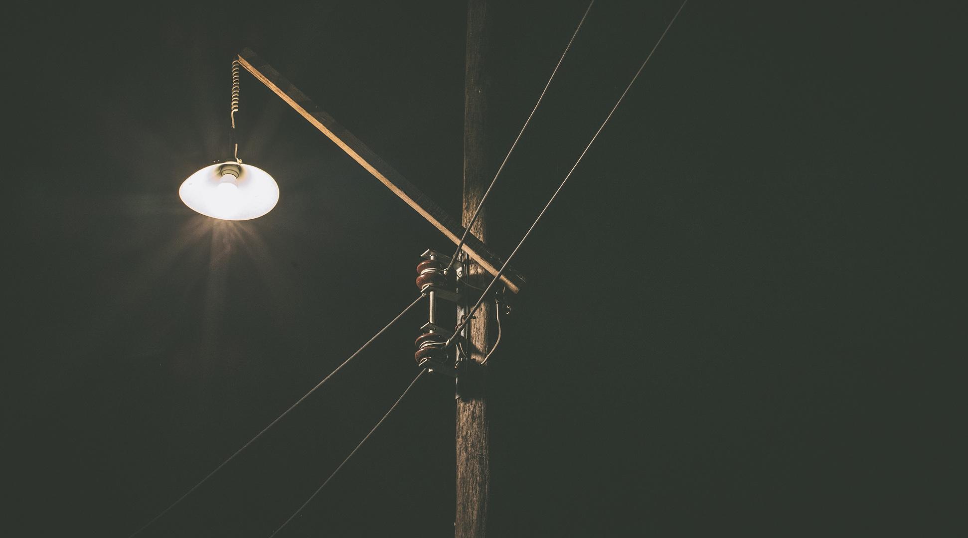 cuestion-de-voltaje-paises-que-usan-electricidad-de-110v-y-otros-de-220v-1920